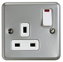 MK Metalclad K2477ALM 1 Gang DP Switchsocket c/w Neon 13A