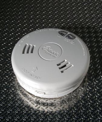 kidde safety europe ltd 3sfw smoke alarm heat hard wired wireless c w alkaline battery. Black Bedroom Furniture Sets. Home Design Ideas